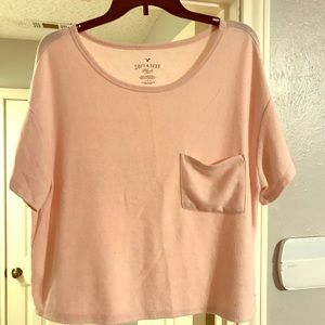 Super soft pink top by American Eagle